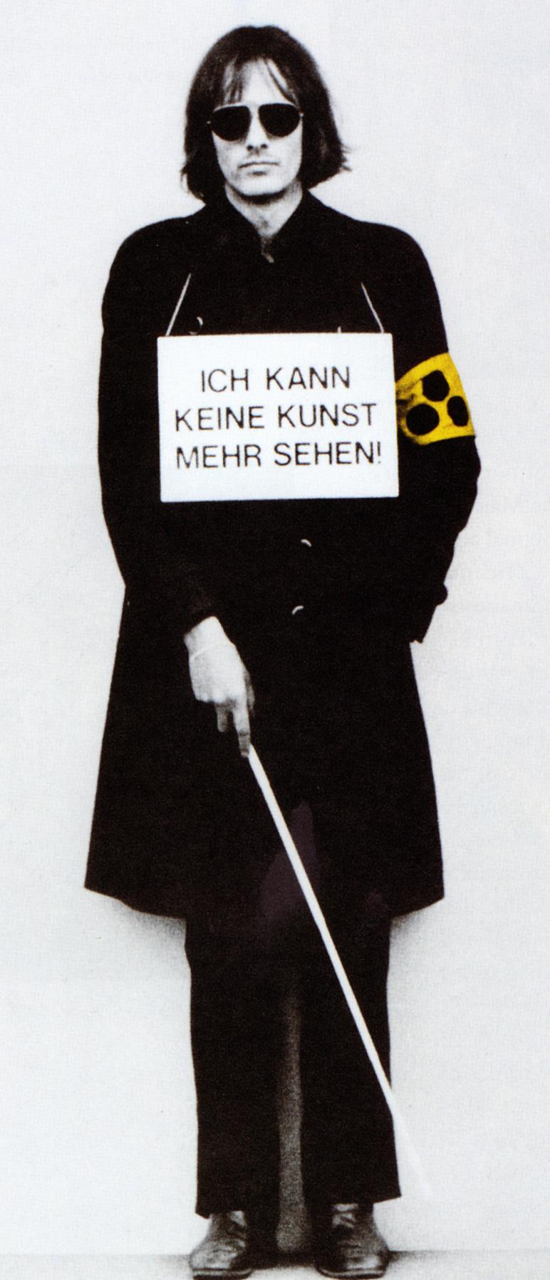 Timm ulrichs aktion sich selbst auszustellen 1975